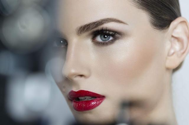 Andreja Pejic makeup